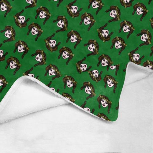 "retro girl daisy chain pattern green Ultra-Soft Micro Fleece Blanket 40""x50"""